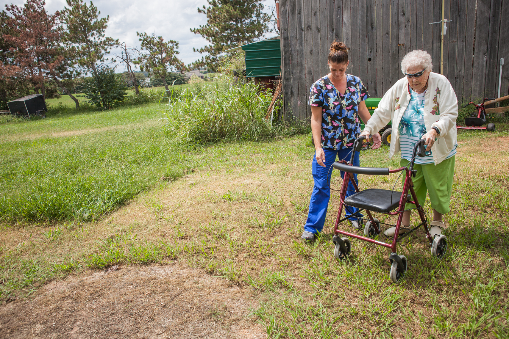 Elderly healthcare, health worker, senior lifestyle, golden, mature, portrait, women together, authentic, Tennessee, TN, medicare, documentary, Nashville editorial photographer photojournalist, Kristina Krug Photography